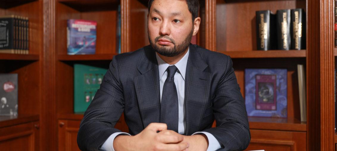 Kenes Rakishev in his office