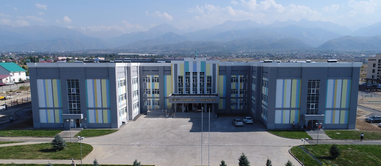 Gymnasium #174 was built by Kenes Rakishev and Aselle Tasmagambetova and donated to city. It is a single example in the country.